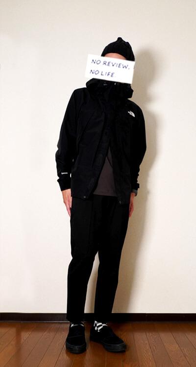 ユニクロユーヒートテックコットンクルーネックTシャツ(メンズ)とノースフェイスのオールマウンテンジャケット着用