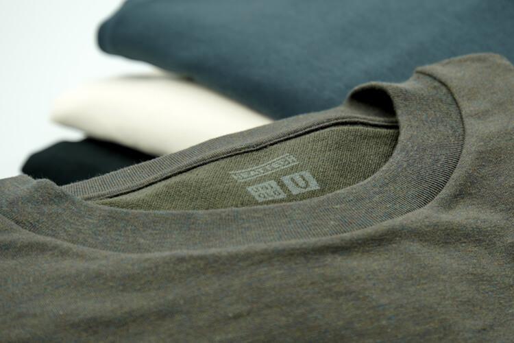 【メンズ&レディース着用比較】ユニクロユー ヒートテックコットンクルーネックTシャツは薄くて暖かい冬におすすめカットソー【2020秋冬】