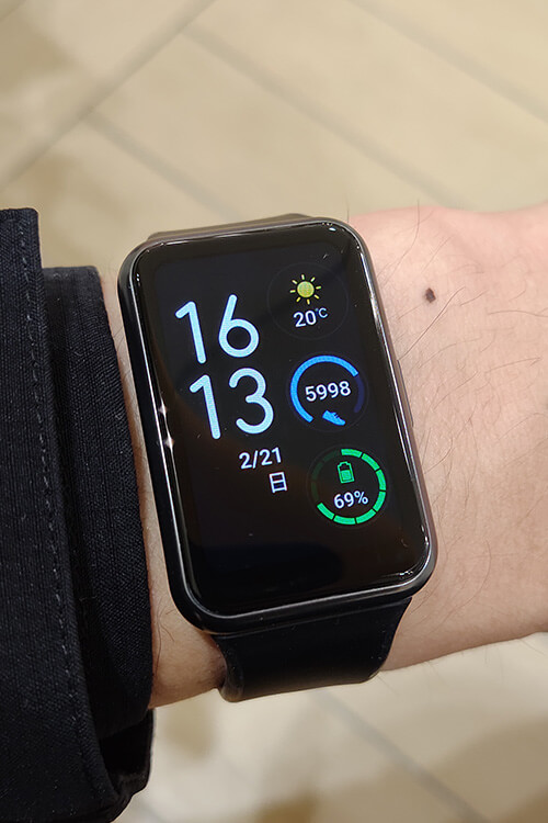 HUAWEI WATCH FITの文字盤 デジタル